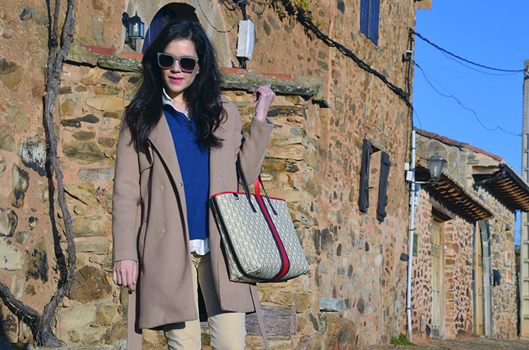 trends-gallery-blogger-look-outfit-ootd-carolina-herrera-burberry