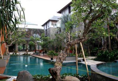 desain taman surabaya, tukang taman surabaya, kolam renang