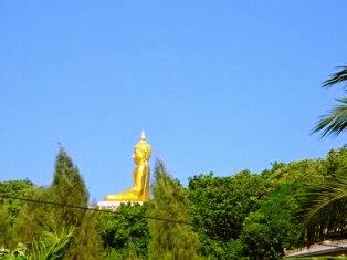 Buddha Statue auf Berg bei Khao Tao Hua Hin