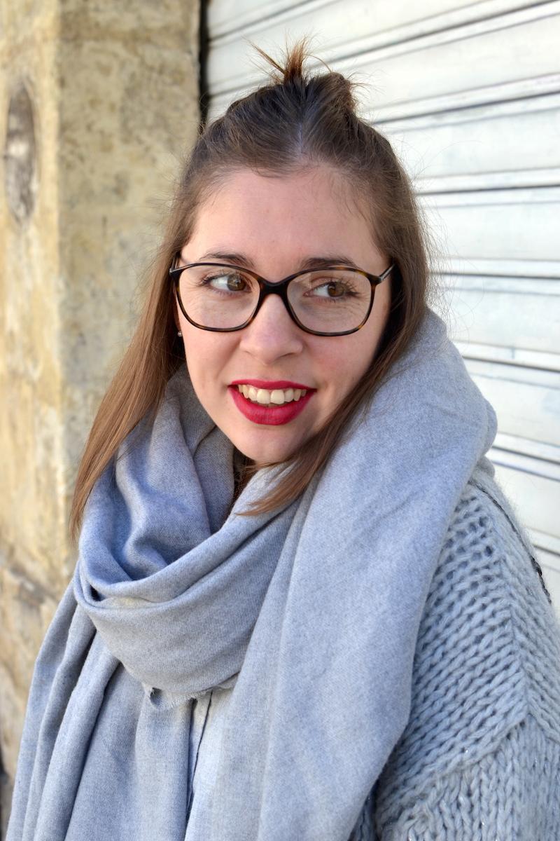 rouge à lévres et lunette de vue Chanel
