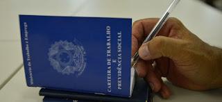 Governo quer formalizar jornada diária de até 12h com limite de 48h semanais