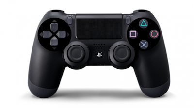 """El grupo japonés Sony presentó este miércoles la PlayStation 4, su nueva consola de videojuegos que integrará especialmente funciones sociales y el acceso a contenidos más allá de los juegos tradicionales. La PlayStation 4, que sucederá a la PlayStation 3 (PS3) lanzada a finales de 2006, representará """"un cambio significativo"""", prometió Andrew House, jefe de la unidad de entretenimiento informático de Sony, durante un evento organizado para la prensa en Nueva York. El nuevo dispositivo quiere ser """"social"""": un botón en su comando permitirá al usuario compartir en directo el juego con sus amigos, que por su parte podrán hacer"""