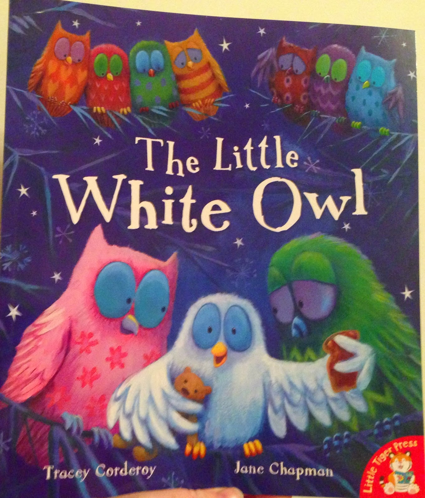 Our Christmas Book Advent tree | Ideas for the Best Children's Books to Buy this Christmas - the little white owl