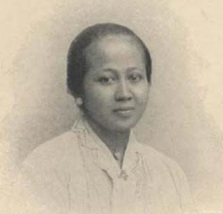 Mencari Identitas R.A Kartini yang Sebenarnya ( Artikel Ilmiah oleh Dipa Nugraha )
