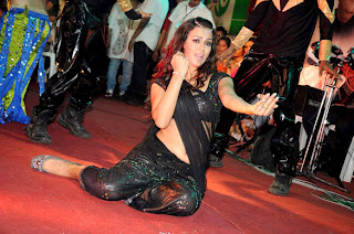 Veena Malik,Mahima Choudhary & Maryam Zakaria grace the Dahi Handi celebrations