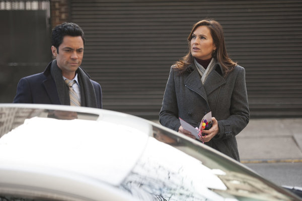 All Things Law And Order Law  Order SVU \u201cPresumed Guilty\u201d Advance