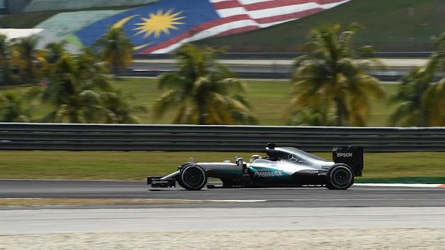 Hasil Kualifikasi GP F1 Sepang Malaysia : Lagi, Hamilton Tercepat