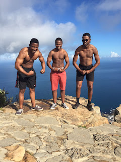 flexing on lions head cape town
