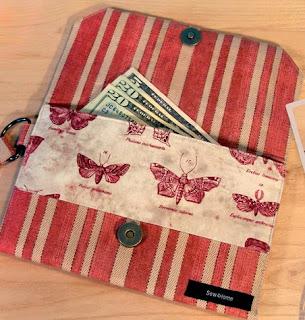 http://translate.googleusercontent.com/translate_c?depth=1&hl=es&rurl=translate.google.es&sl=ru&tl=es&u=http://www.sew4home.com/projects/fabric-art-accents/fabric-wallet-zippered-coin-pouch&usg=ALkJrhgJOKJuvnsOZiM0GzILgcK1zSWShw