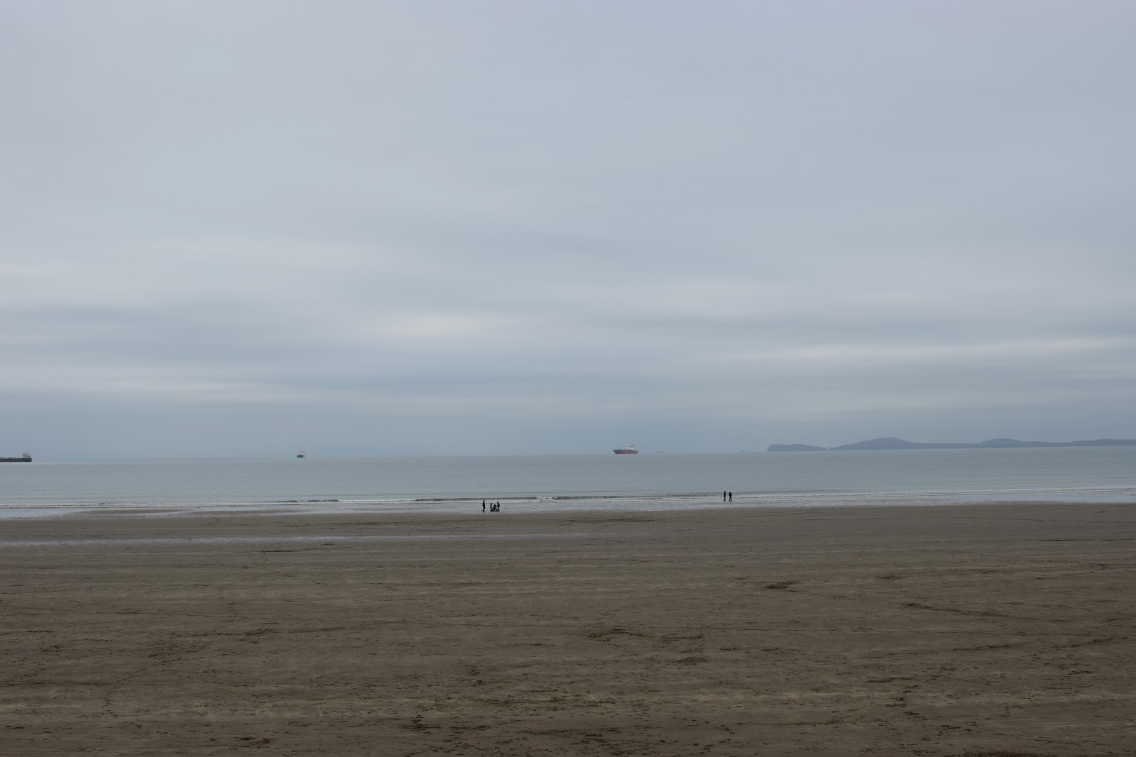 , Snapshots of Broad Haven Beach in Winter #Pembrokeshire