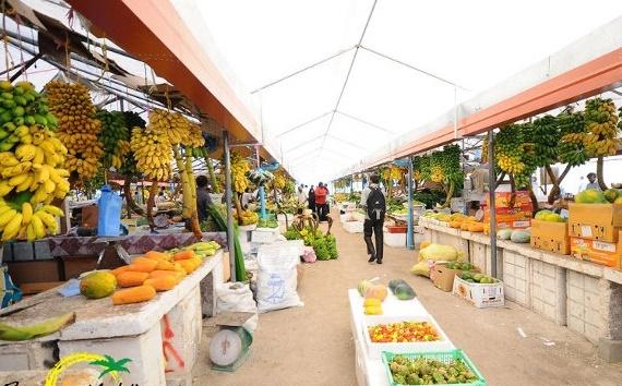 Đến đại lộ Boduthakurufaanu Magu thăm quan khu chợ Male