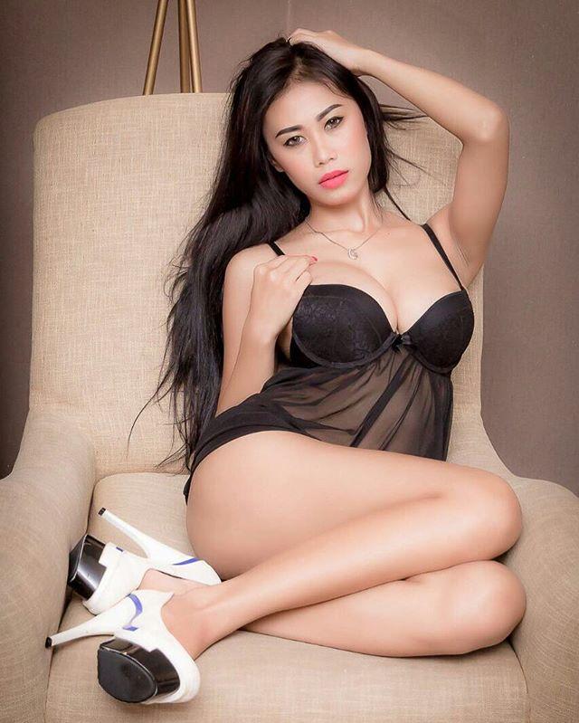 Image Result For Siva Aprilia Seksi Hot Model Photoshoot