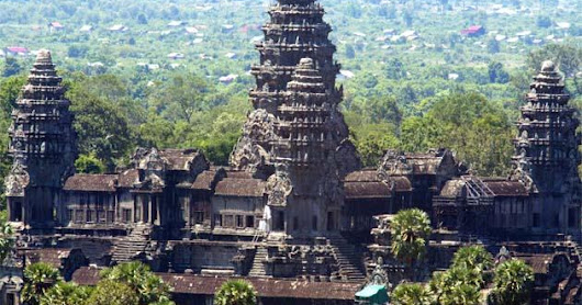 Angkor Wat , the most important monuments in Cambodia ~ I Am Go To
