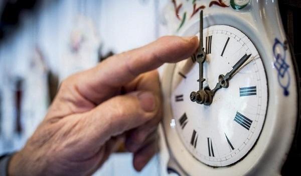 Θα αλλάξει η ώρα; -  Τι θα γίνει τελικά στις 28 Οκτωβρίου;