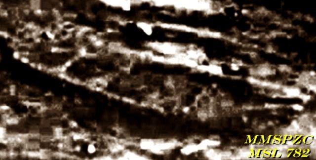 7(1) - Increible, el rover Curiosity encuentra lo que parece ser los restos de un barco en Marte