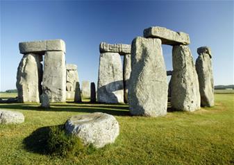 Stonehenge Image - www.visit-stonehenge.com