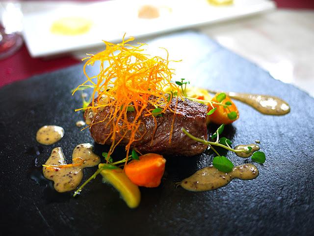 P1260989 - 熱血採訪│台中法式餐廳Beluga Restaurant&Bar,適合情人節約會的餐廳還有泳池耶(已歇業