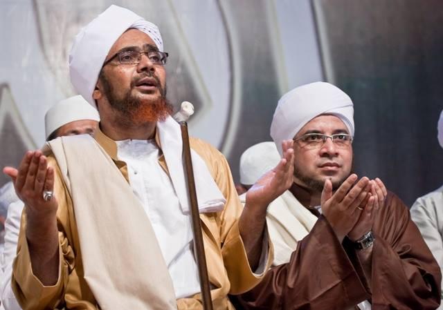 [Habib Munzir al-Musawa] HTI tak Memahami Syariah Islam dan Berfatwa Semaunya