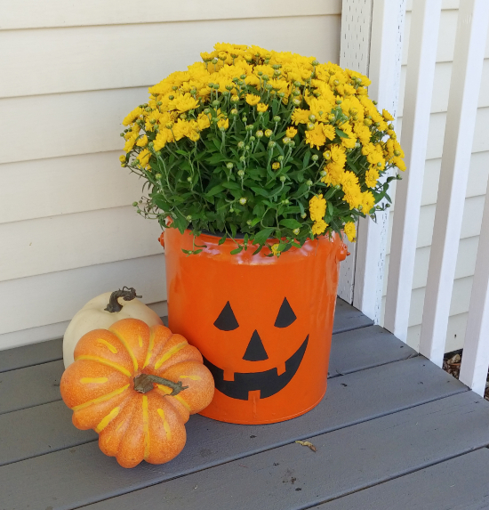 jack-o-lantern fall decor