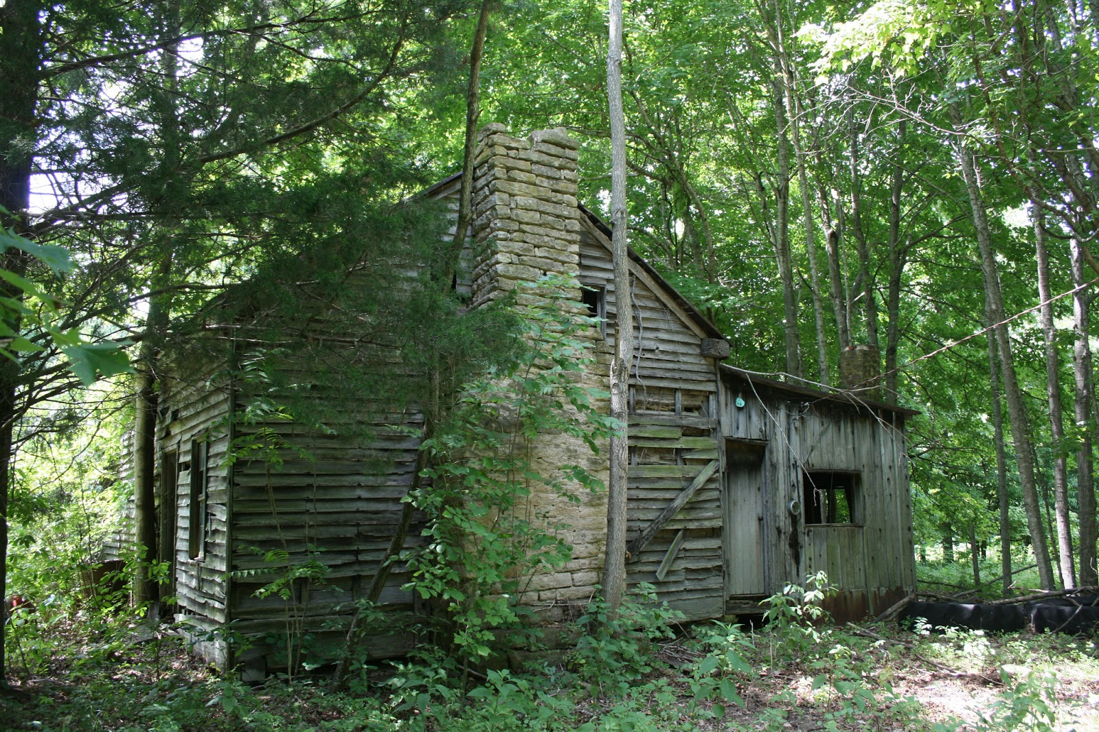 Eerie Indiana Abandoned Home Near Bowling Green Kentucky