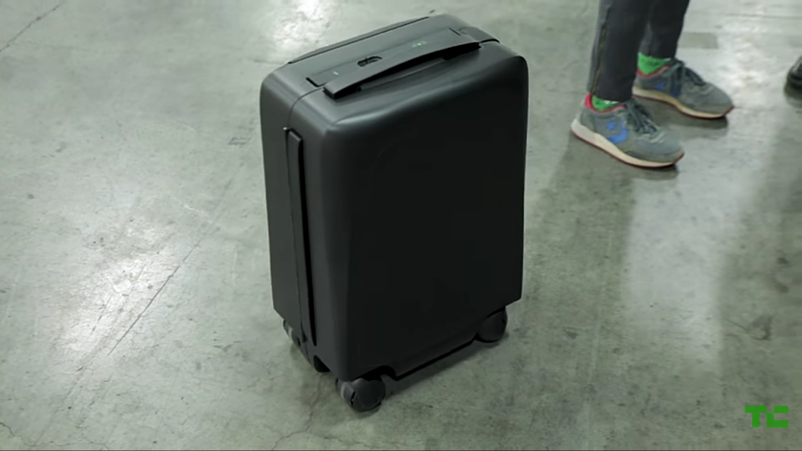 ForwardX CX-01 Black Suit Case