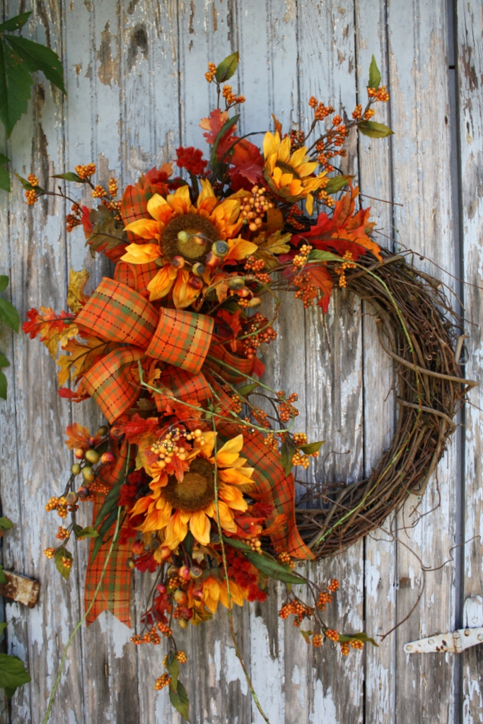 Sweet Something Designs: New Wreaths