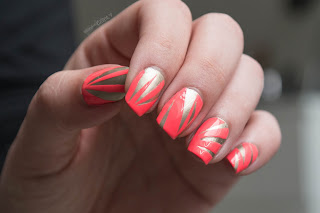 http://rainpow-nails.blogspot.de/2016/08/ne-on-luminous-zebra.html