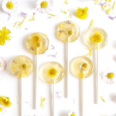 Honey & Lemon Floral Lollipops