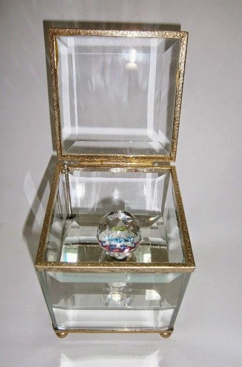 ba4f39763f06 Music Crystal box -  39.90