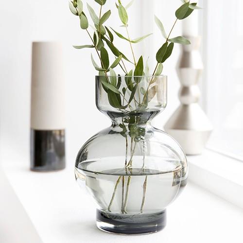 http://www.shabby-style.de/vase-lowa