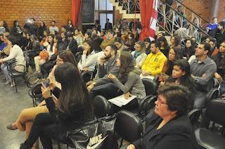 Estudantes de Direito do UNIFESO Teresópolis usam teatro para discutir a lei
