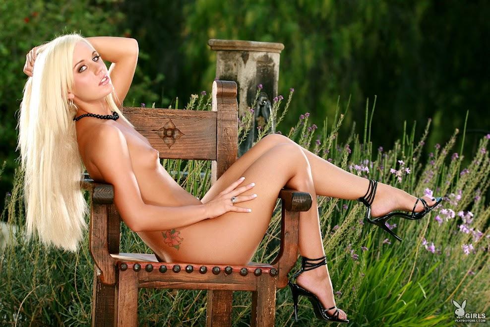 1588228199_renee [Playboy Archives] Christine Renee - Freshfaces / Real American Girls playboy-archives 07110