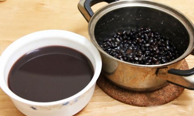 Uống nước đậu đen mỗi ngày giúp da dẻ căng bóc, trẻ đẹp gấp 10 lần uống collagen