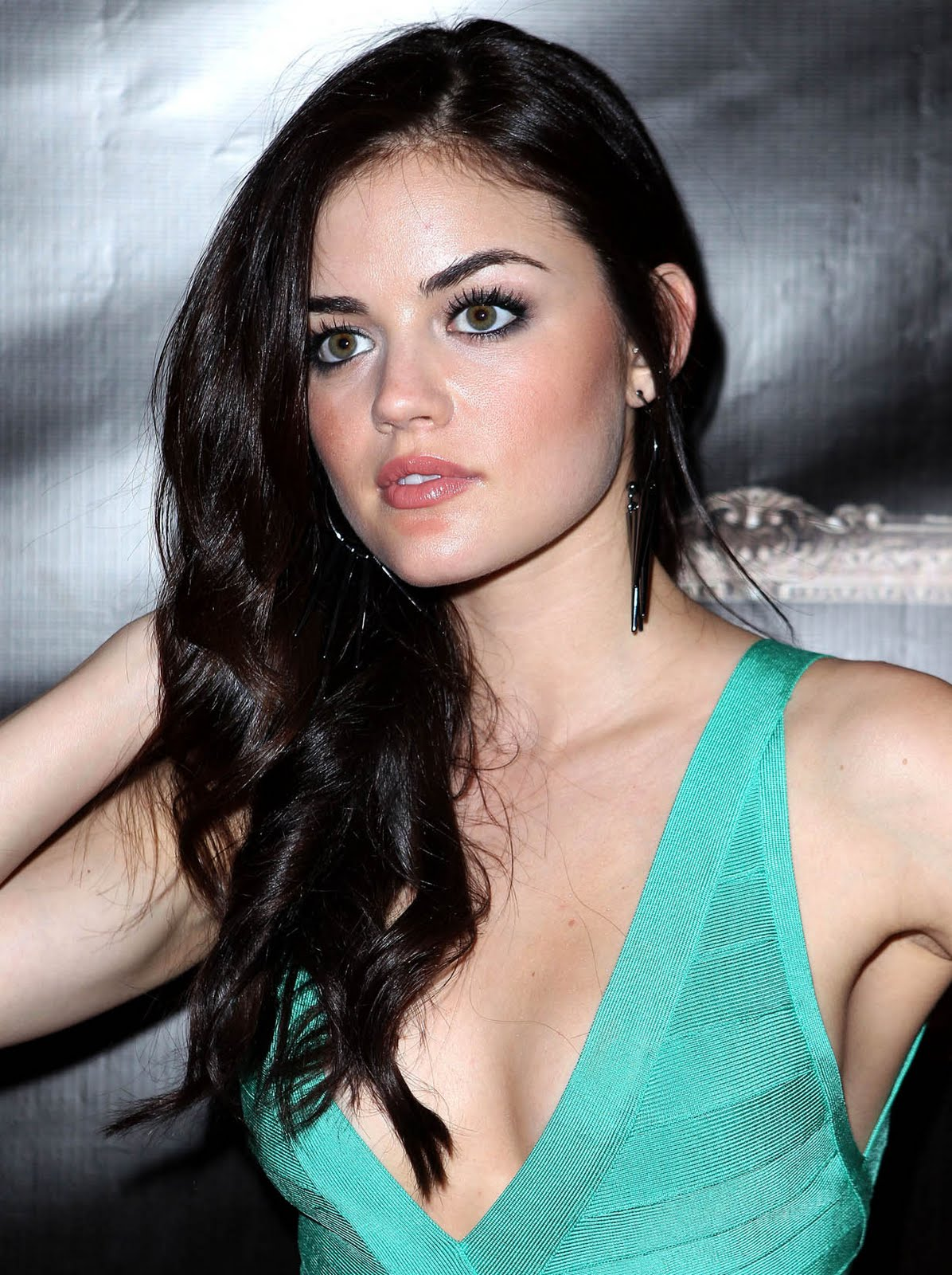 Lucy Hale - Planet HollywoodLucy Hale