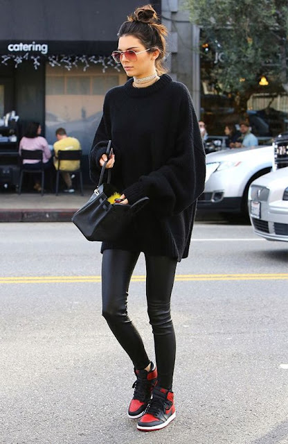Kendall Jenner winter style inspiration all black outfit