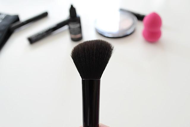 pędzel do makijażu