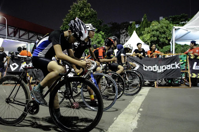 Holy Crit on Indonesia Fixed Day 2017 - Photo by @lordnayab