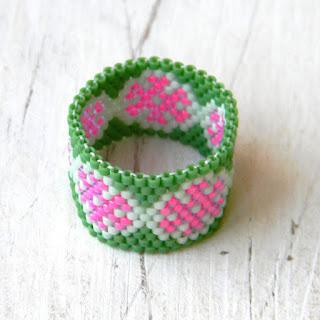 необычные украшения ручной работы купить кольцо из бисера ру анабель