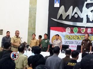 Walikota Makassar,Kukuhkan Tim Satgas Saber Pungli