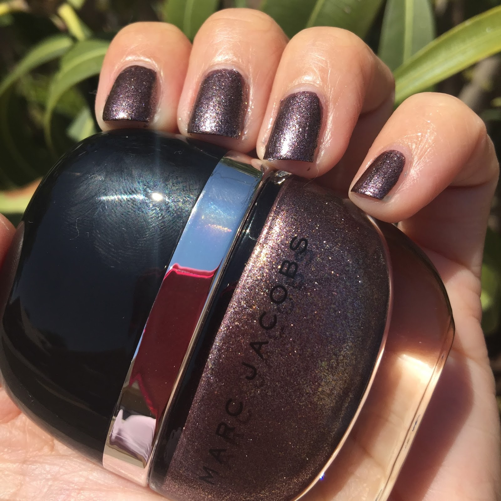 Marc Jacobs Beauty Enamored Hi Shine Nail Lacquer Swatches Review The Shades Of U
