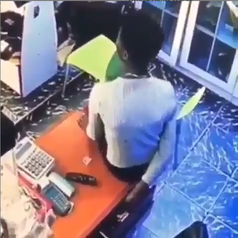 Lady Caught On CCTV Stealing From The Cashier's Drawer In A Fashion Store