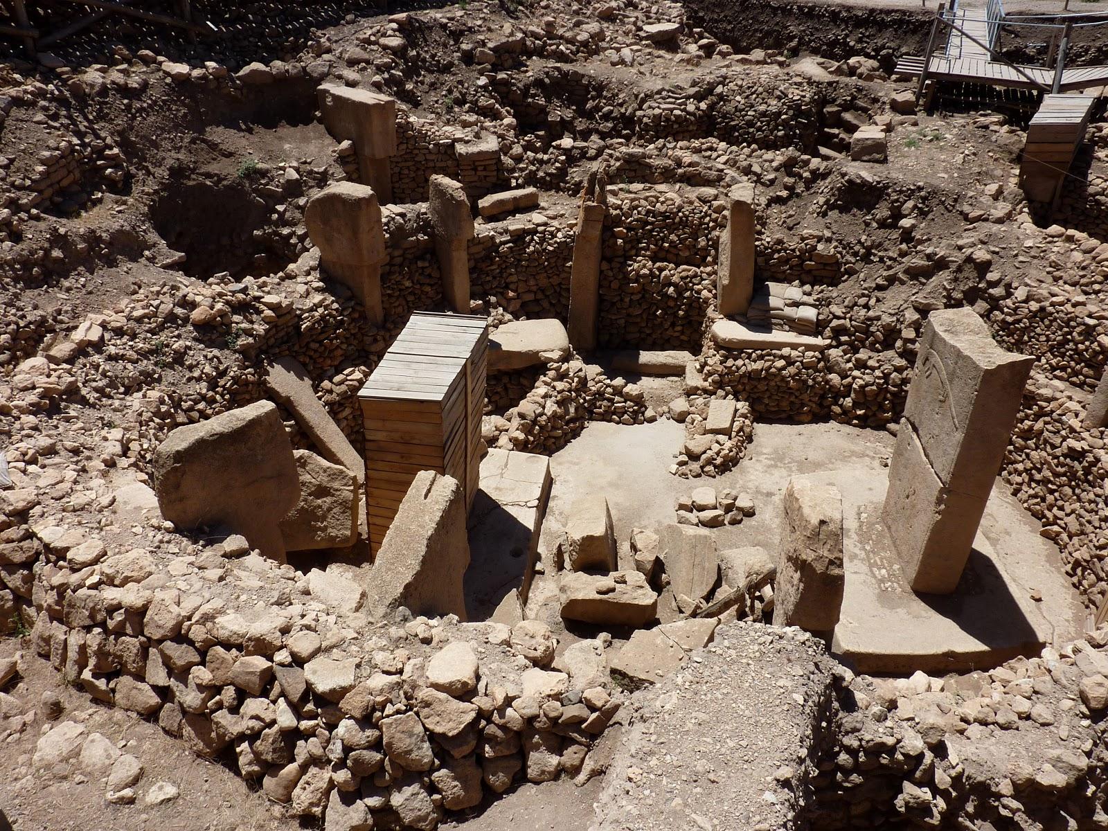 ギョベクリ・テペ遺跡の丸く形取られた石造り
