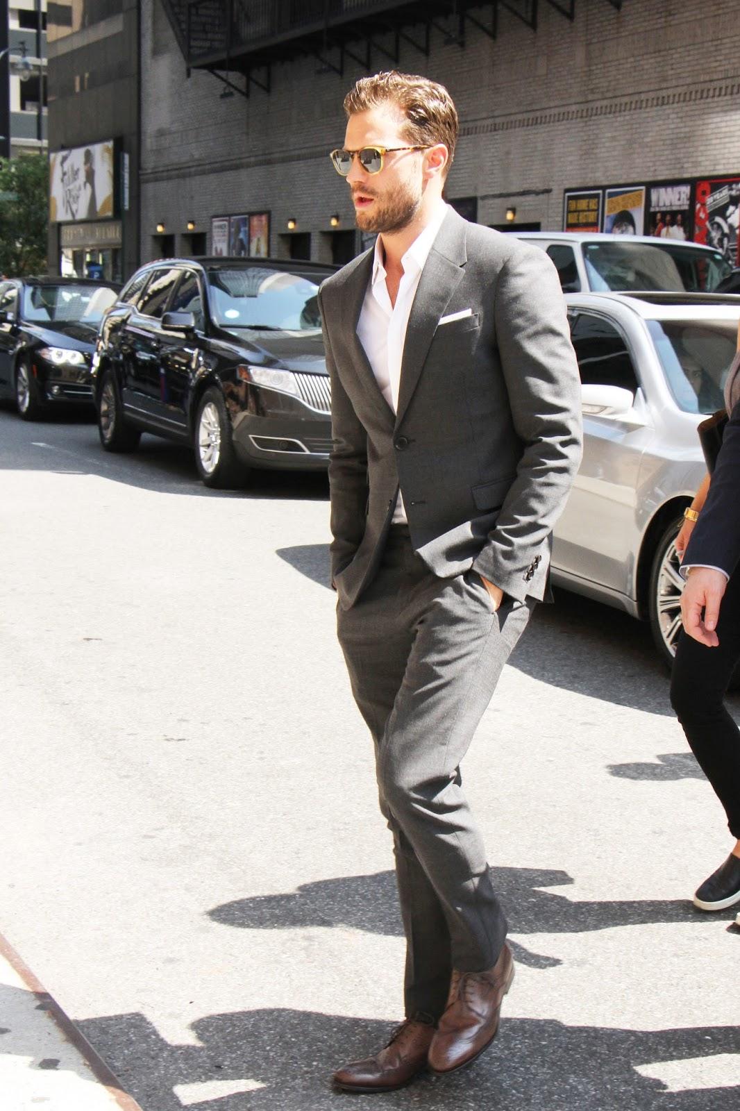 fifty shades updates hq photos jamie dornan arriving at