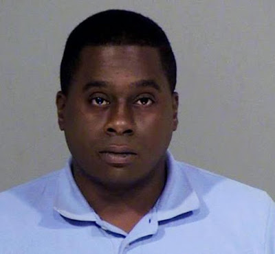 Arizona TV reporter arrested for defecating in someone's yard while on assignment (See Photos)