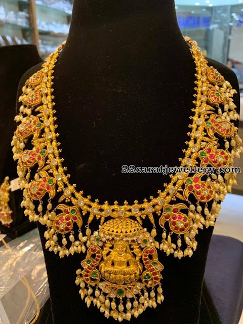 Latest Jewellery Sets by SRJ Fine Jewelry