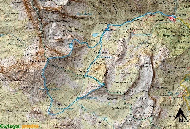 Mapa de la ruta señalizada a Peña Ubiña por el espolón Este, a la Carba, el Solmicho y Peña Cerreos por el espolón Oeste.