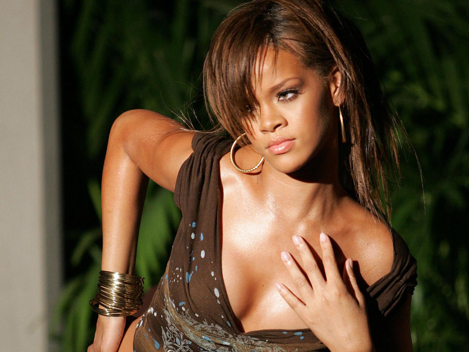 Rihanna: Best Woman Wallpapers: Rihanna Wallpapers