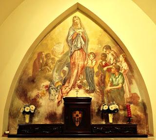 Nossa Senhora e As Crianças, Aldo Locatelli - Capela do Morro do Sabiá