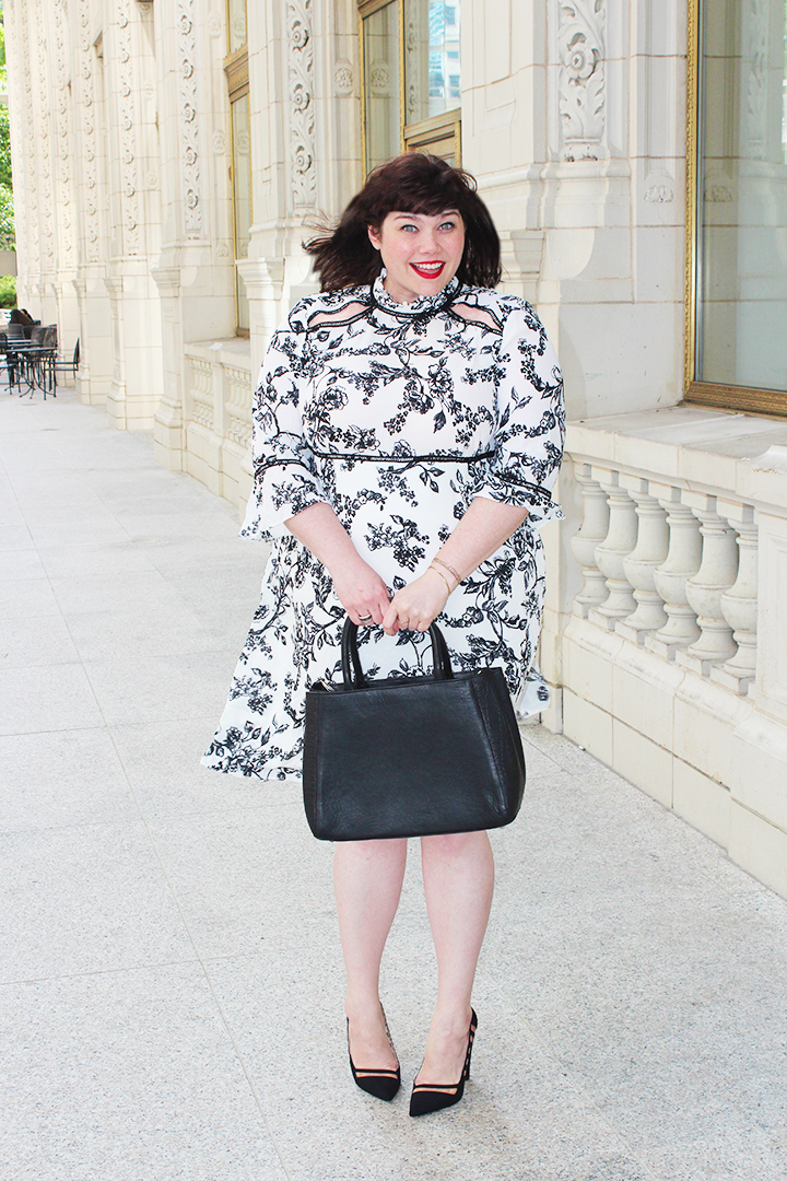 Plus Size Blogger Amber in Simply Be USA Black and White Floral High Neck Dress with Shoulder Cutouts