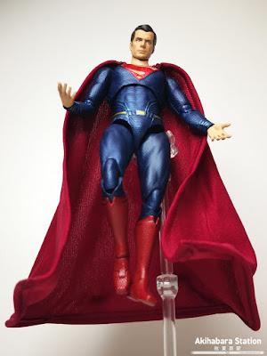 S.H.Figuarts Superman de Justice League - Tamashii Nations